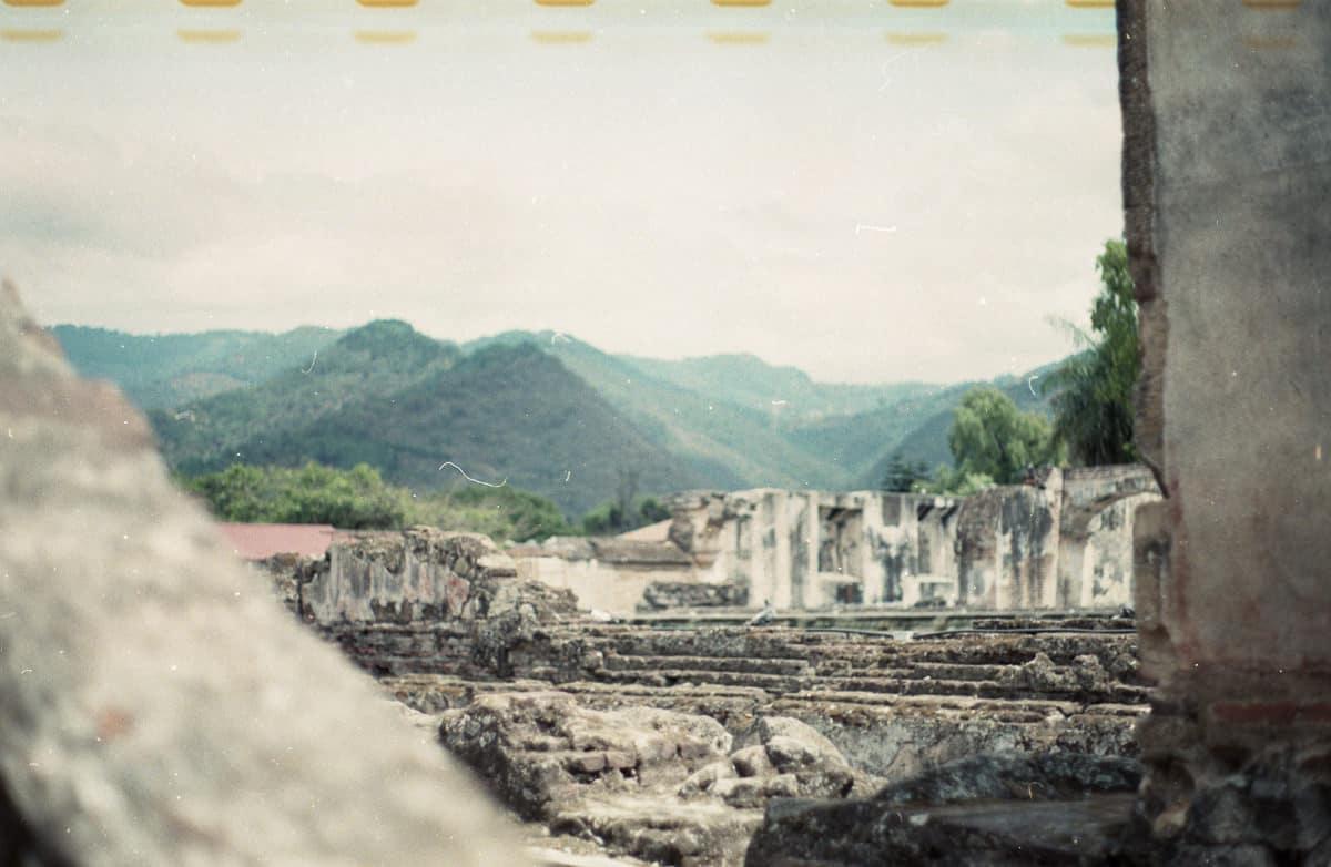 Antigua Guatemala, tomada con cámara de película con Agfa Vista 200