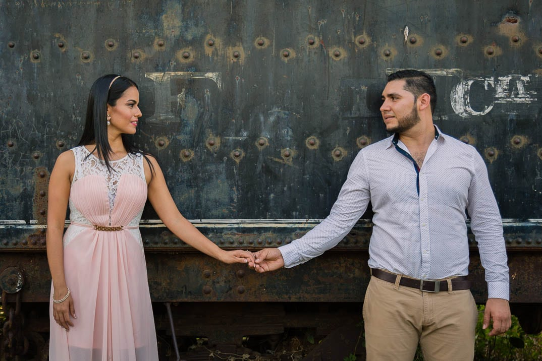 Engagement photo shoot by Edgar Ipiña